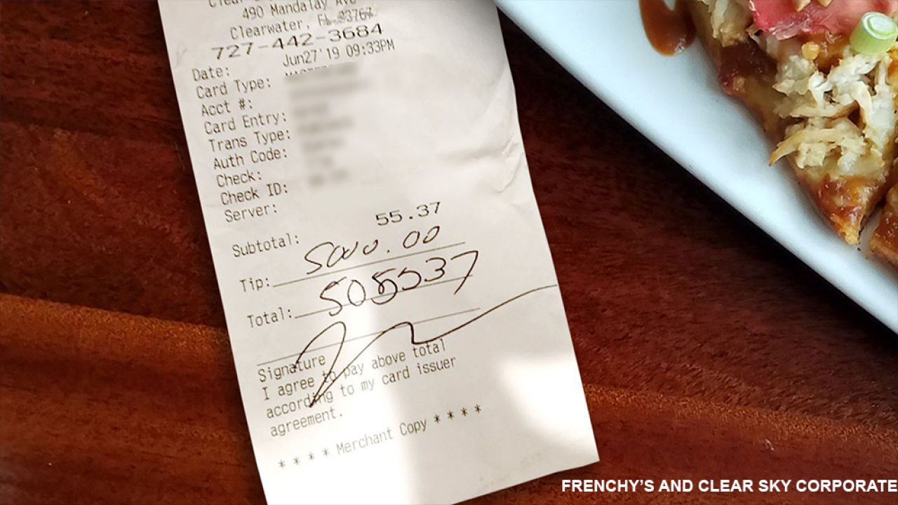 Customer leaves $5,000 tip for server grieving the loss of