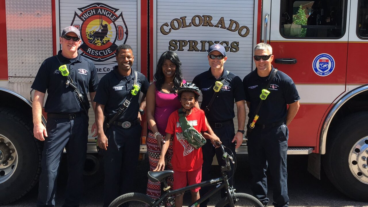 Colorado Springs First Responders replace stolen bike