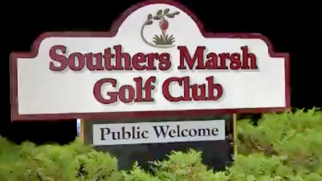 Man bites off another man's finger in golf course brawl