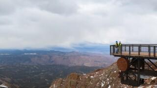 Elevated platform and walkway_New Pikes Peak Summit Visitors Center