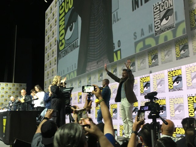 PHOTOS: Cast of 'Breaking Bad' reunites at San Diego Comic-Con 2018