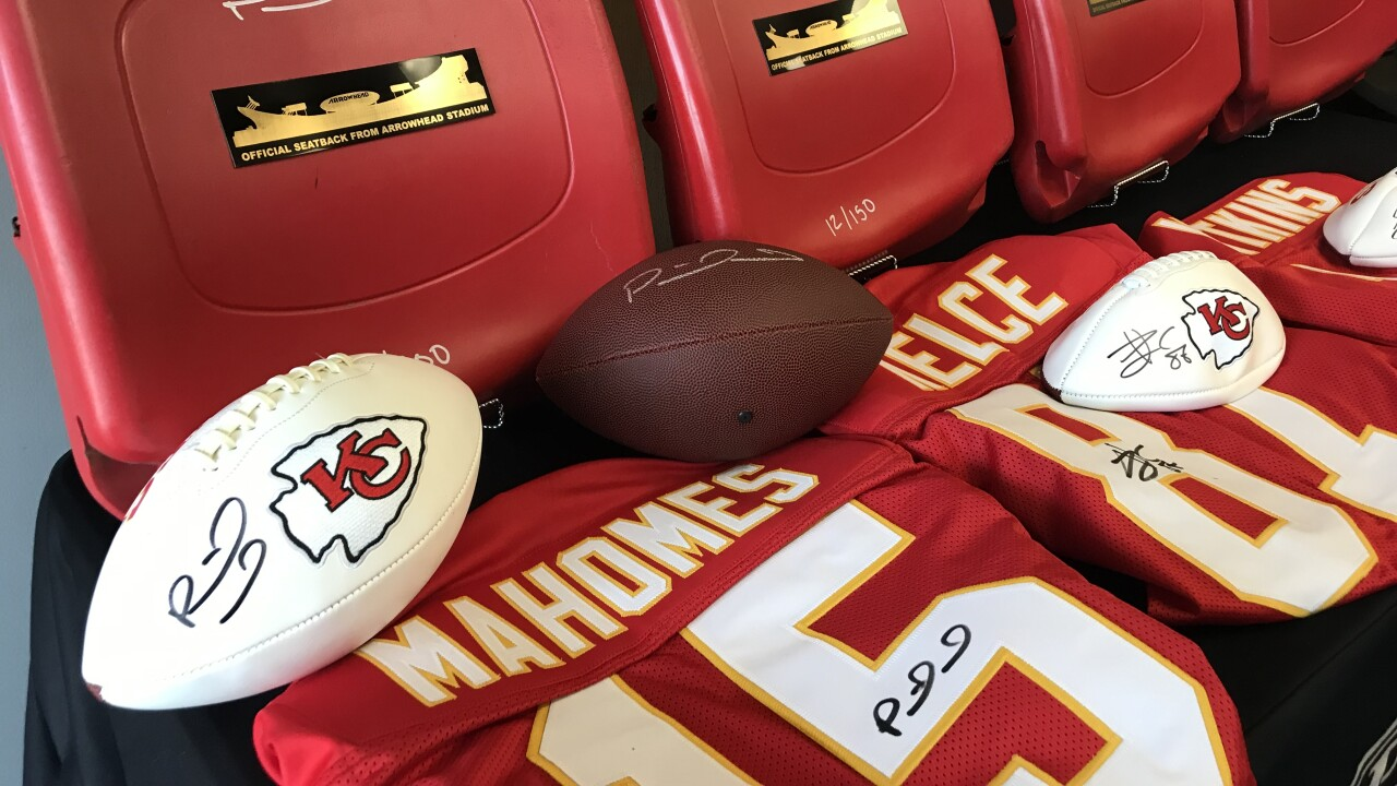 Chiefs Autographs
