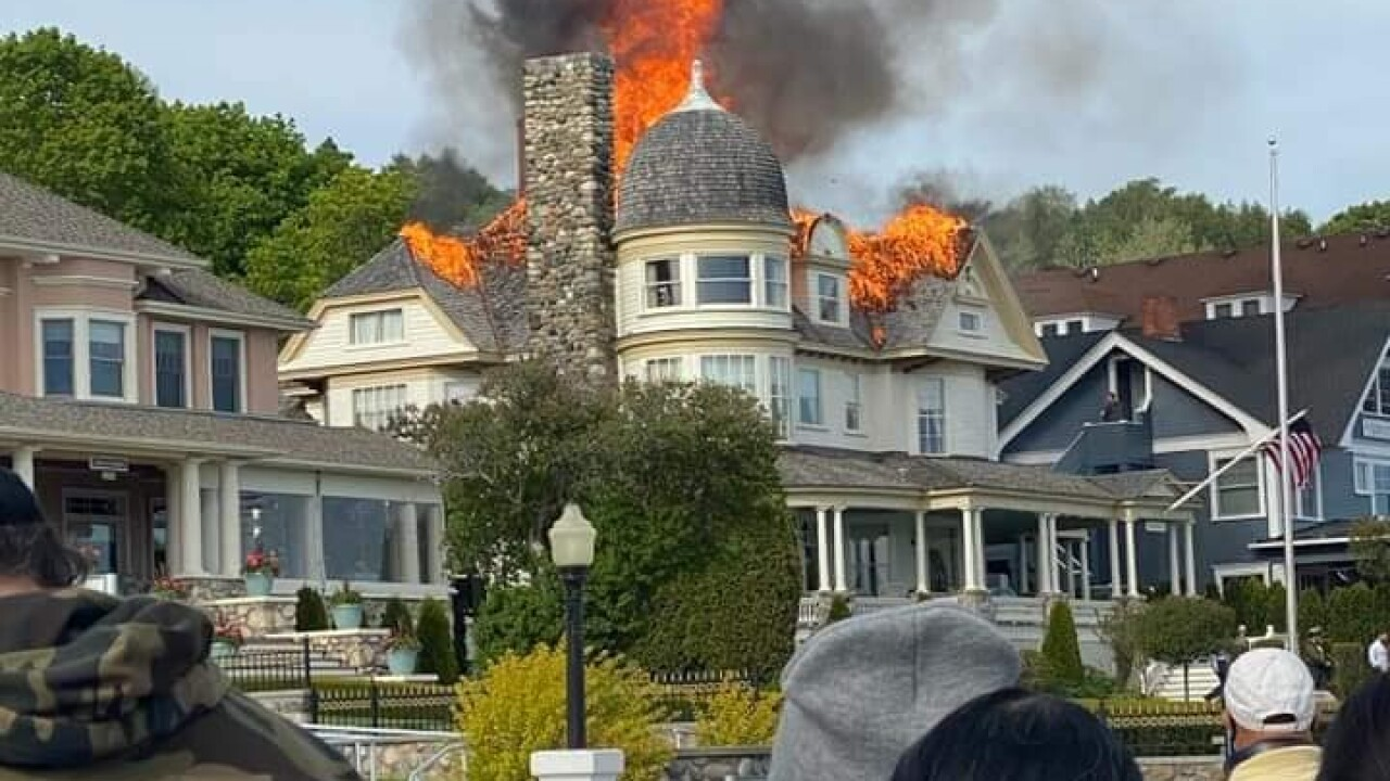 Mackinac Island fire 2.jpg