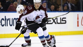 Varlamov stops 37 shots as Avalanche beat Rangers 4-2