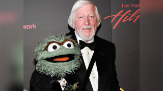 Carroll Spinney: Puppeteer behind Sesame Street's Big Bird, Oscar the Grouch, dead at 85