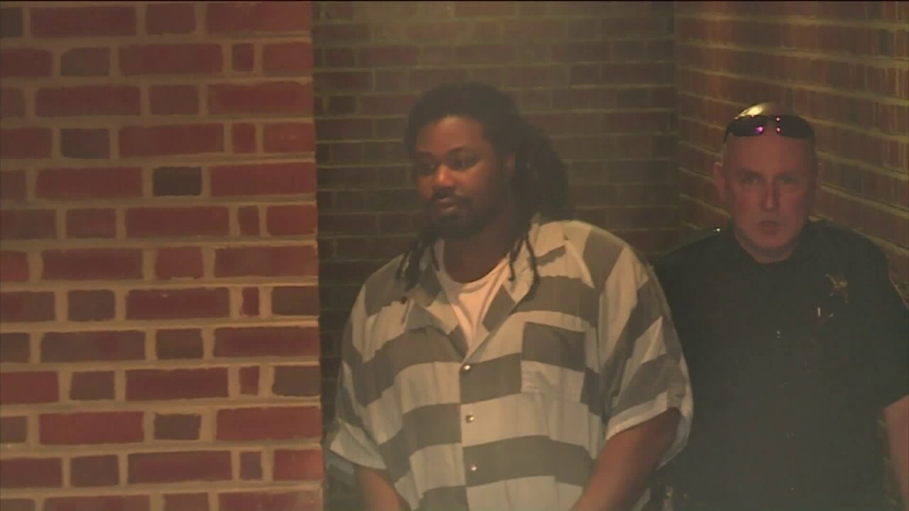 Jesse Matthew defense team given extra month to file change of venue paperwork