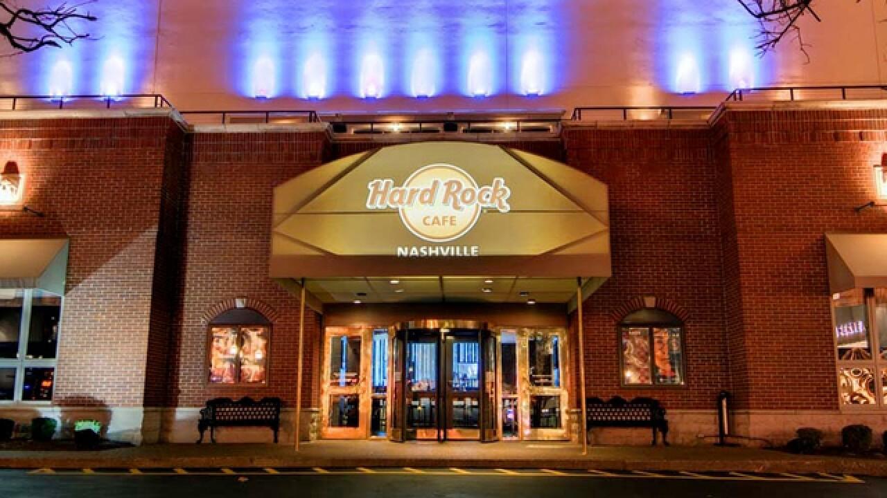 Nashville Hard Rock Cafe Worker Honored For Service
