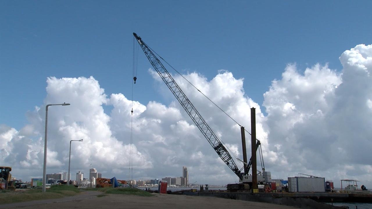 Cole Park pier construction.png