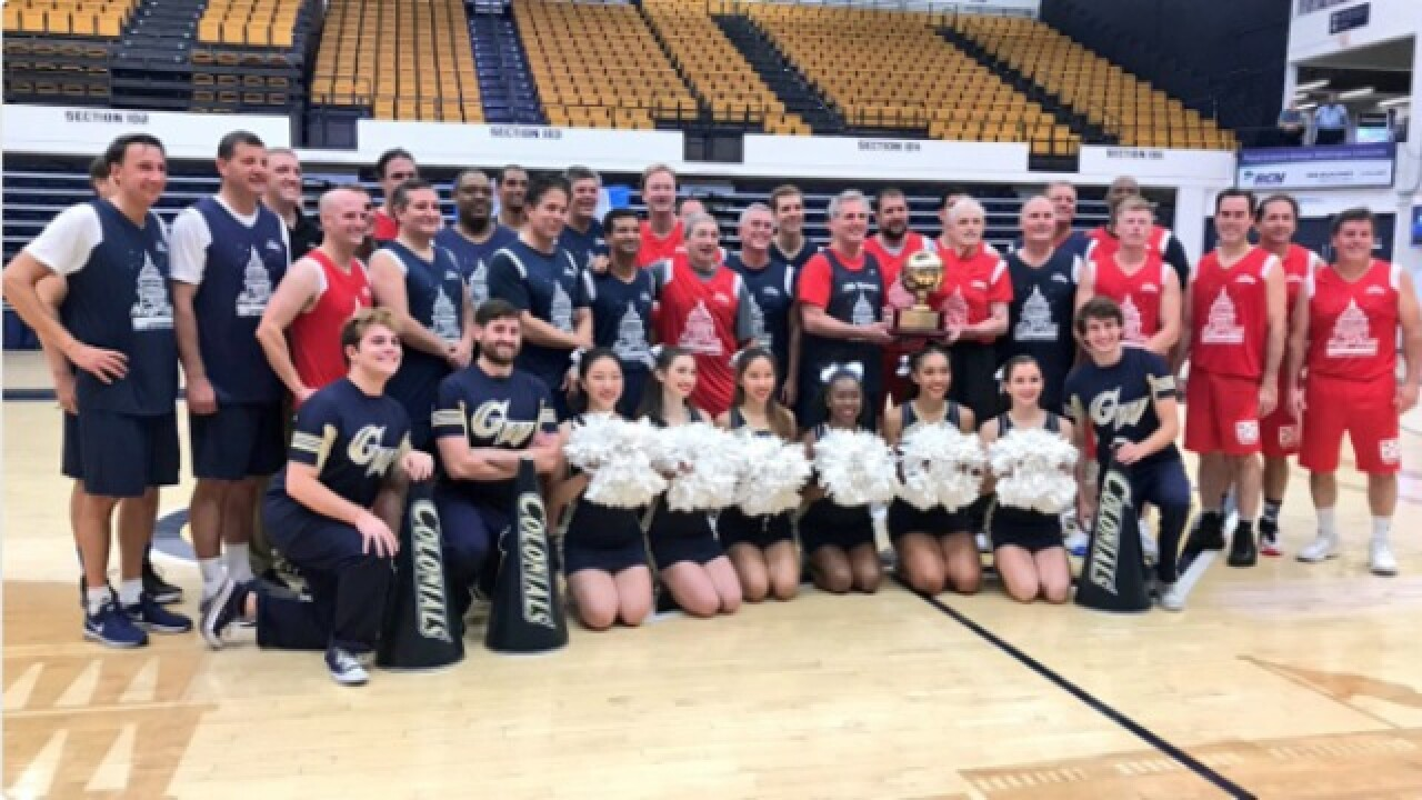 Valadao takes part in Congressional basketball game