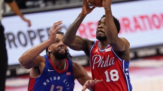 Jahlil Okafor, Shake Milton 76ers Pistons Basketball