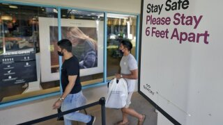 black friday mall shopping.jpeg