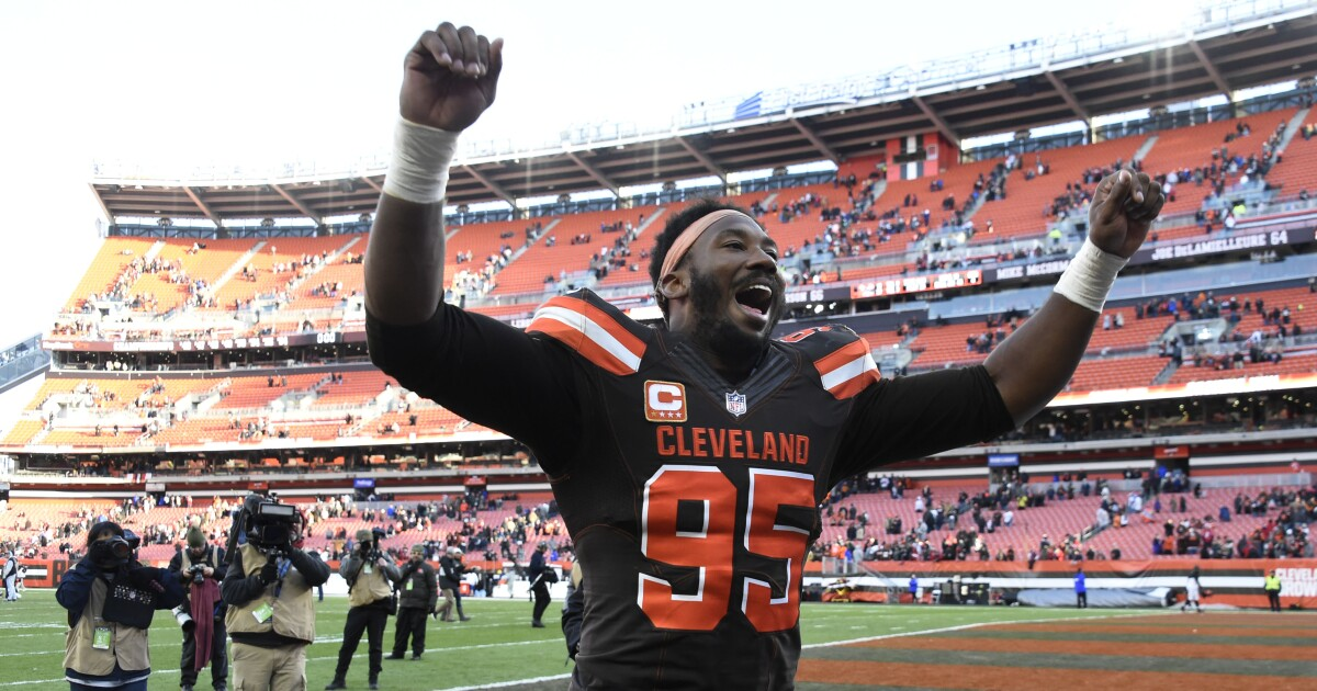 'Equal pay for equal play': Browns' Myles Garrett shares opinion about inequality in sports after U.S. Women's Soccer team victory