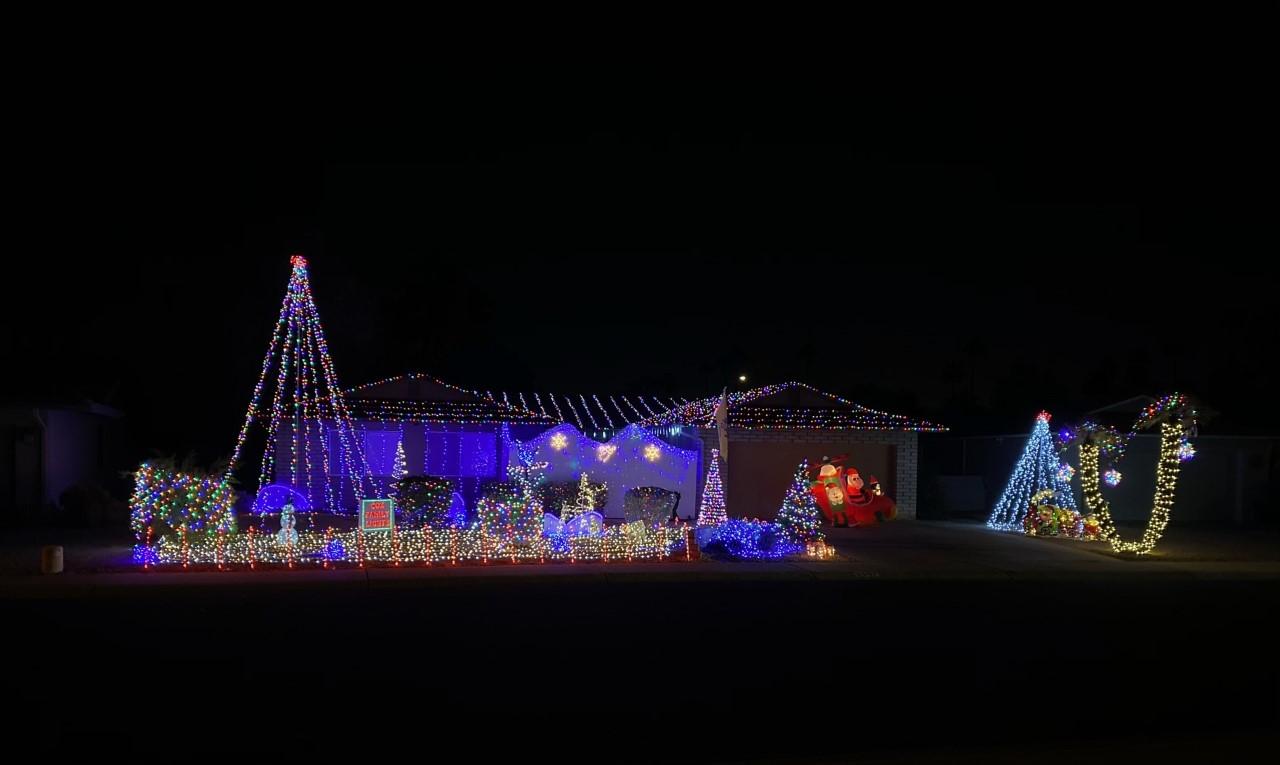 Cox Family Lights 8607 E Via Del Palacio Scottsdale AZ.png