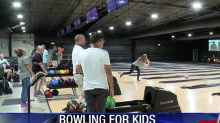 Rotary Club bowls for a good cause in Aransas Pass