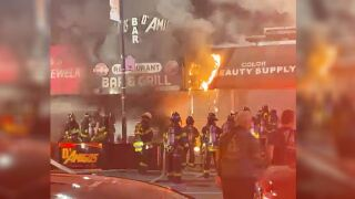 Fire at restaurant on East Gun Hill Road in the Bronx