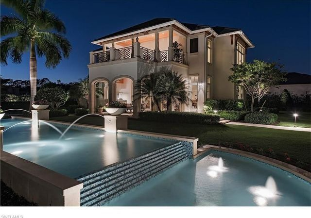 Pricey home: 9,824 sqft Naples estate listed for $10,900,000