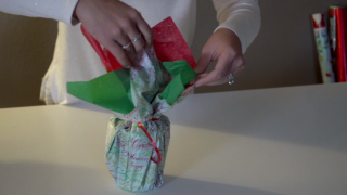 Follow these tips to save time on holiday giftwrapping