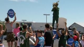 Fans send Bucks off to Brooklyn in style ahead of crucial Game 7