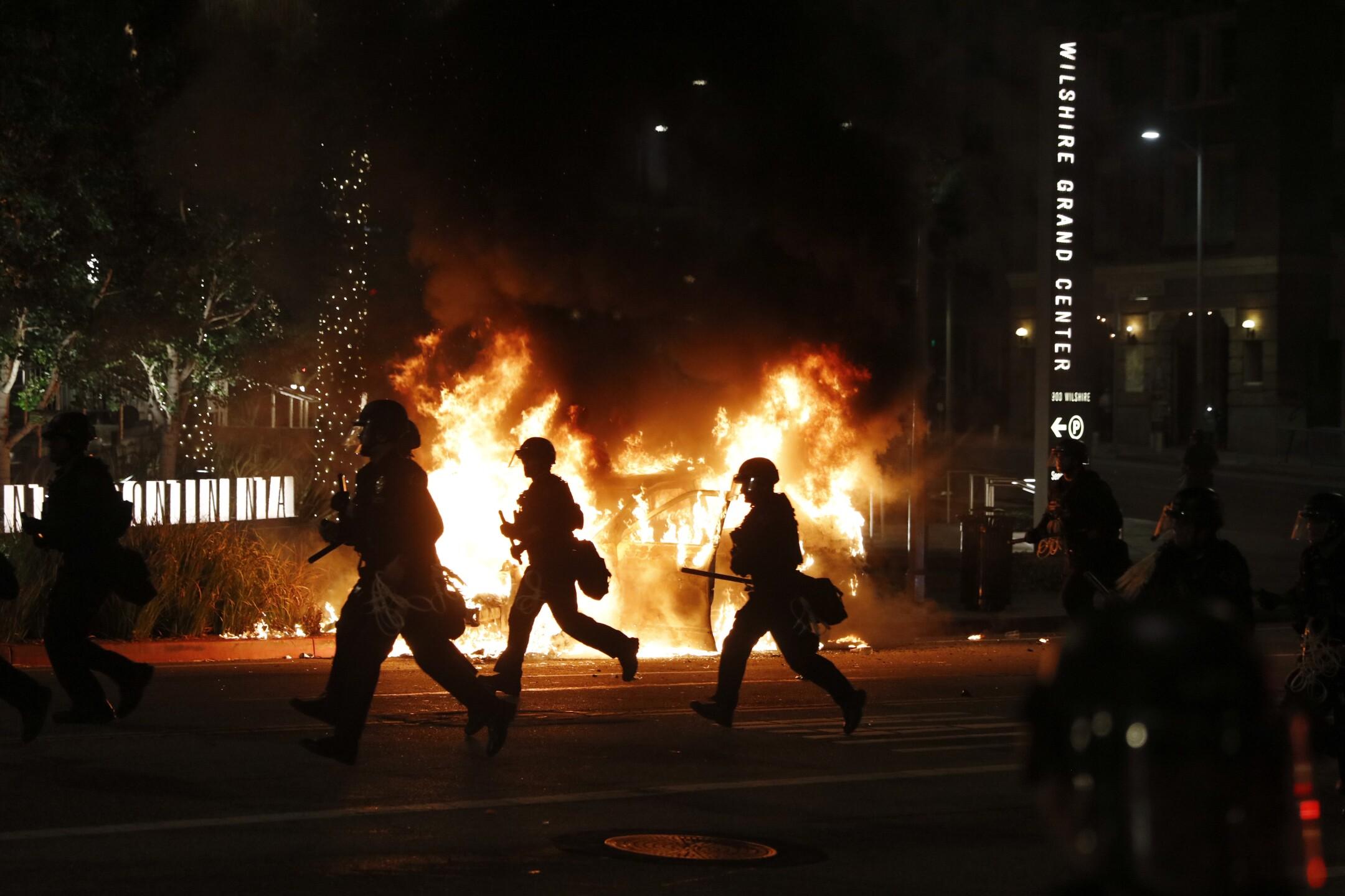 Minneapolis Police Death Los Angeles