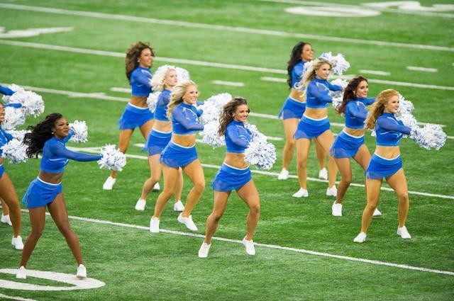 PHOTOS: A new year, a new uniform for the Detroit Lions cheer team