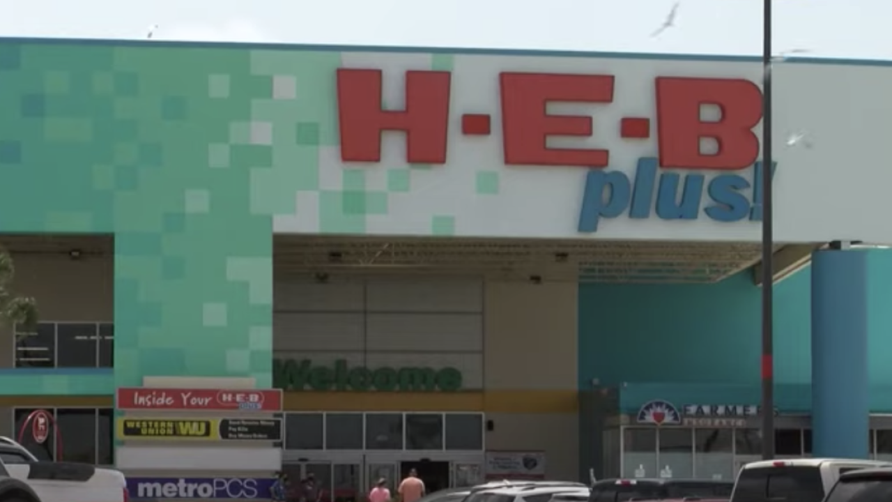 H-E-B now requiring face masks for customers