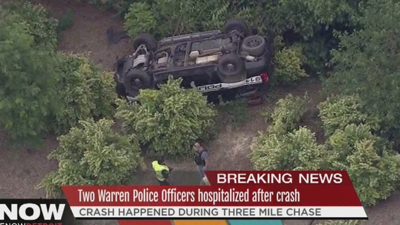 2 Cops among 4 injured after chase ends in crash