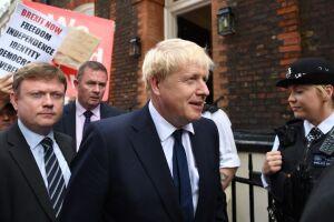 Boris Johnson asks Queen to suspend UK Parliament as Brexit date looms