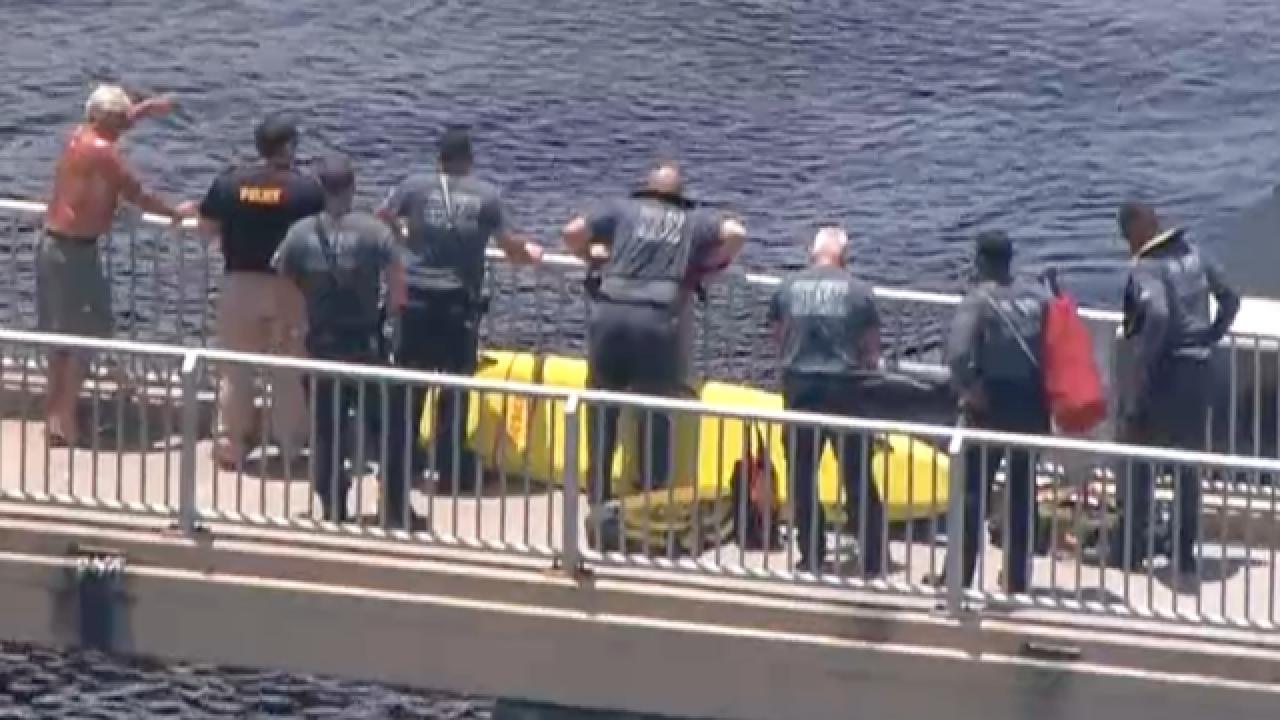 Man pulled from Intracoastal Waterway dies