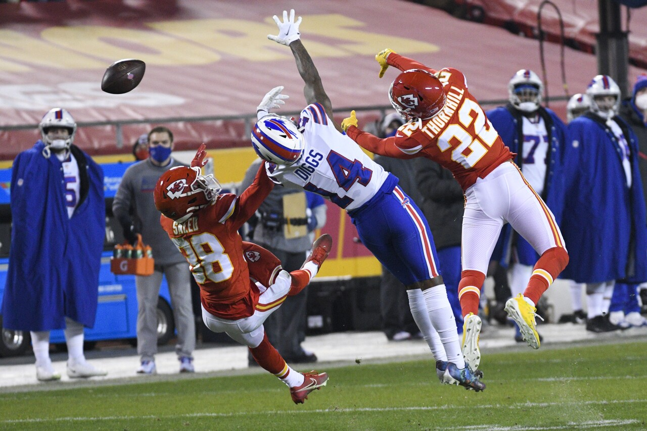 Buffalo Bills receiver Stefon Diggs vs. Kansas City Chiefs safeties in 2020 playoff game