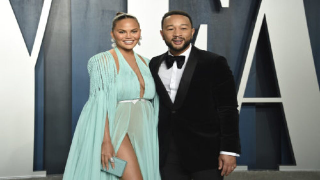 Chrissy Teigen Lost Her Baby After Being Hospitalized For Pregnancy Complications