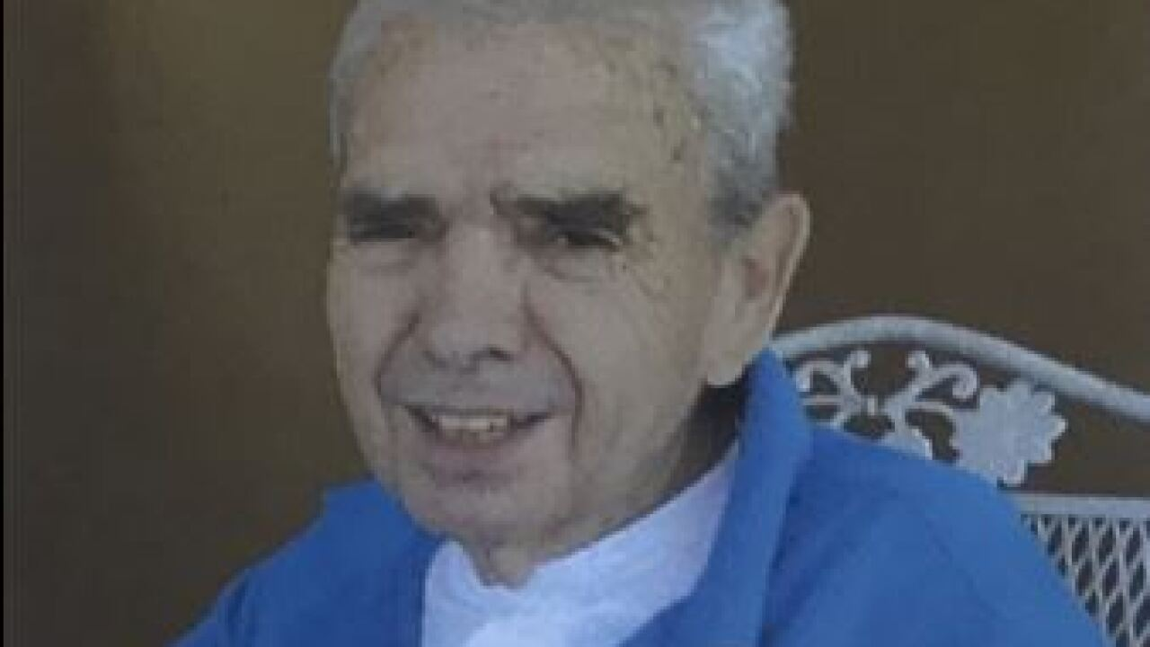 Pima County Sheriff's deputies are looking for a missing, vulnerable 79-year-old man.  Jerry Harris, who stands 5-7 and weighs 150 pounds, has gray hair.
