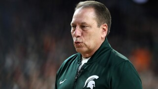 Michigan State drops two spots to No. 3 in new AP poll
