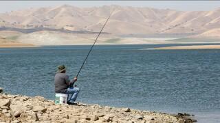 5485825_082219-kfsn-free-fishing-day.jpg