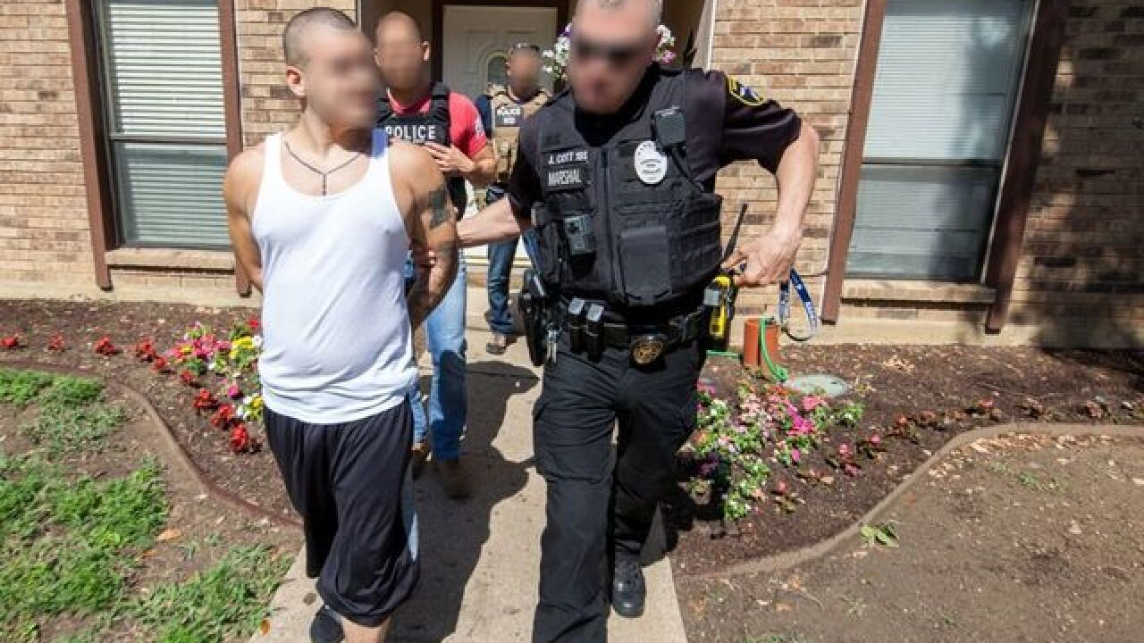 ICE arrests more than 1,000 suspected gang members