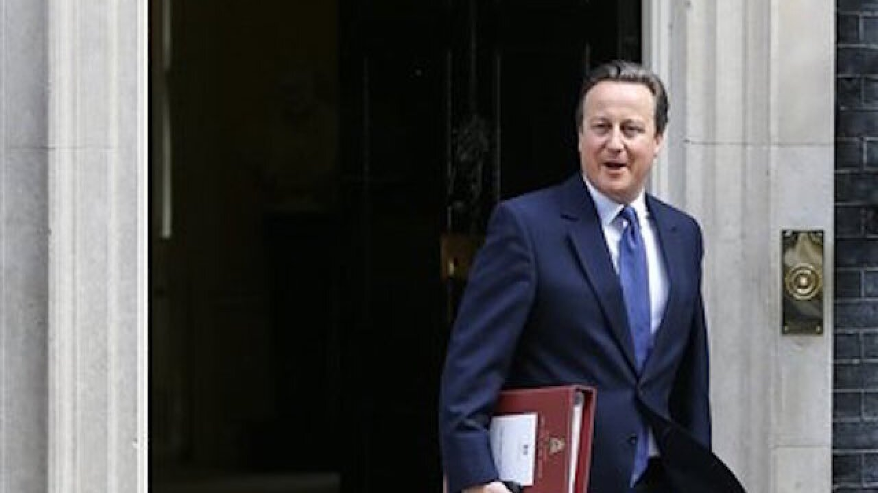 David Cameron's resignation accepted by Queen Elizabeth II