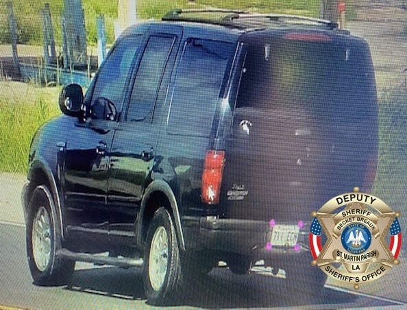 Suspect Vehicle-Bus. Mills Hwy. Battery Pic 4 71221.PNG.jpg