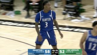 Hampton basketball's Warren