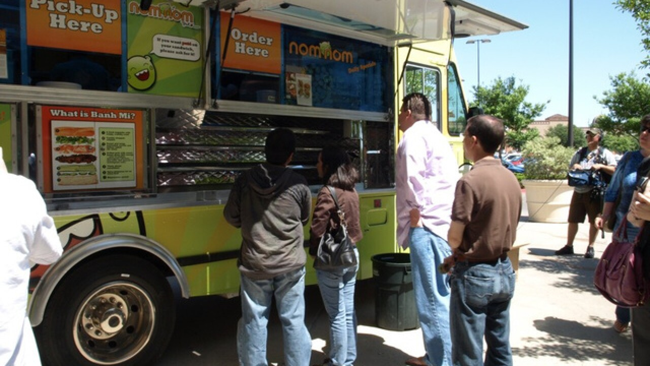 Governor Ducey signs 'Food Truck Freedom' bill