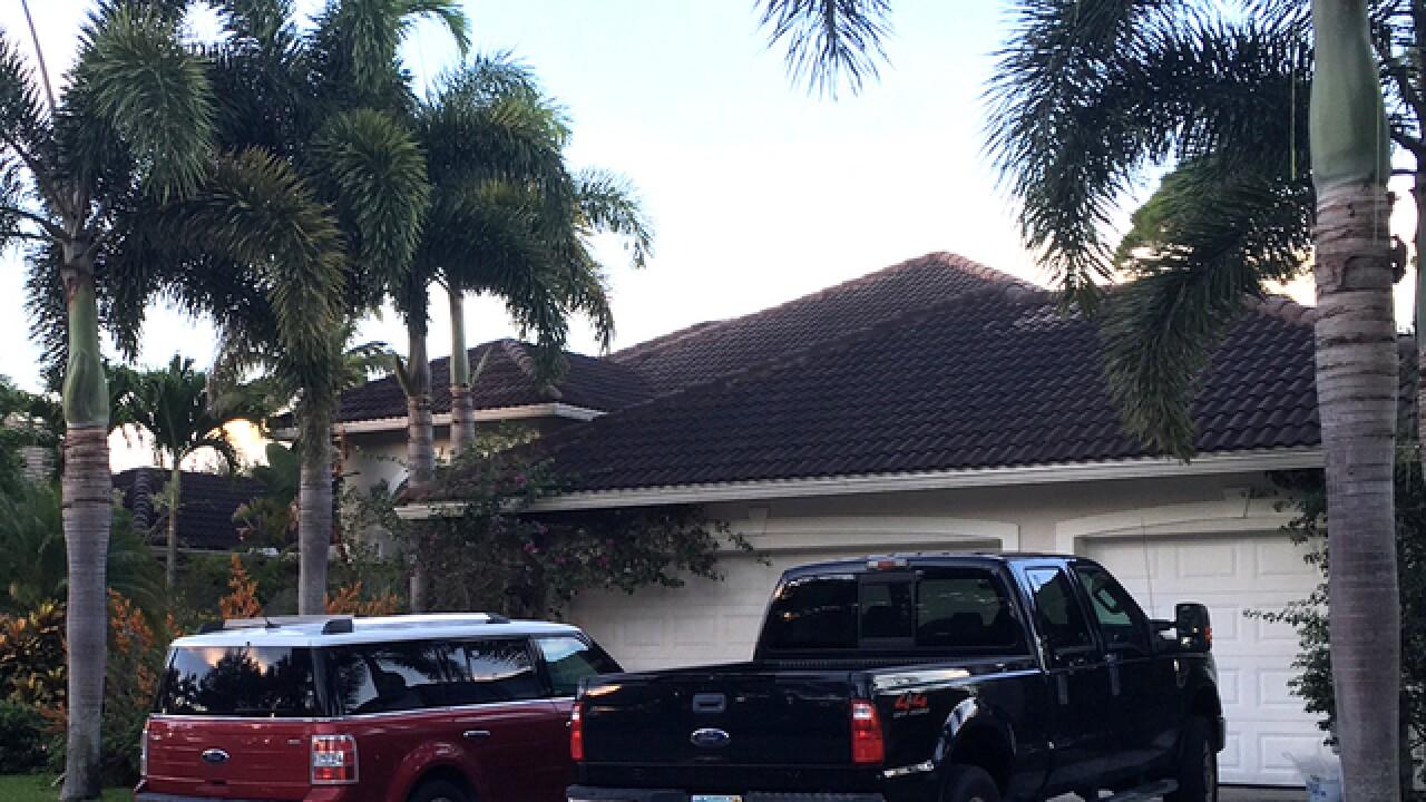 2 dead, 1 hurt in gruesome Florida stabbing
