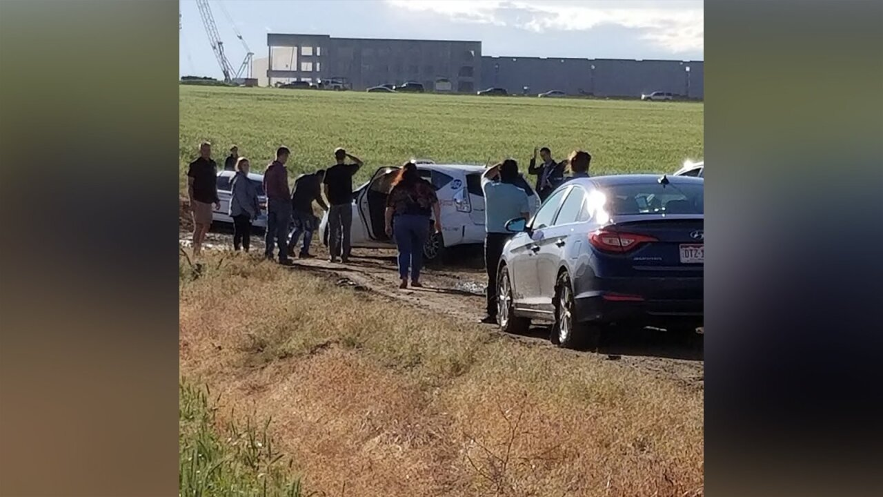 Nearly 100 drivers following Google Maps detour get stuck in muddy field