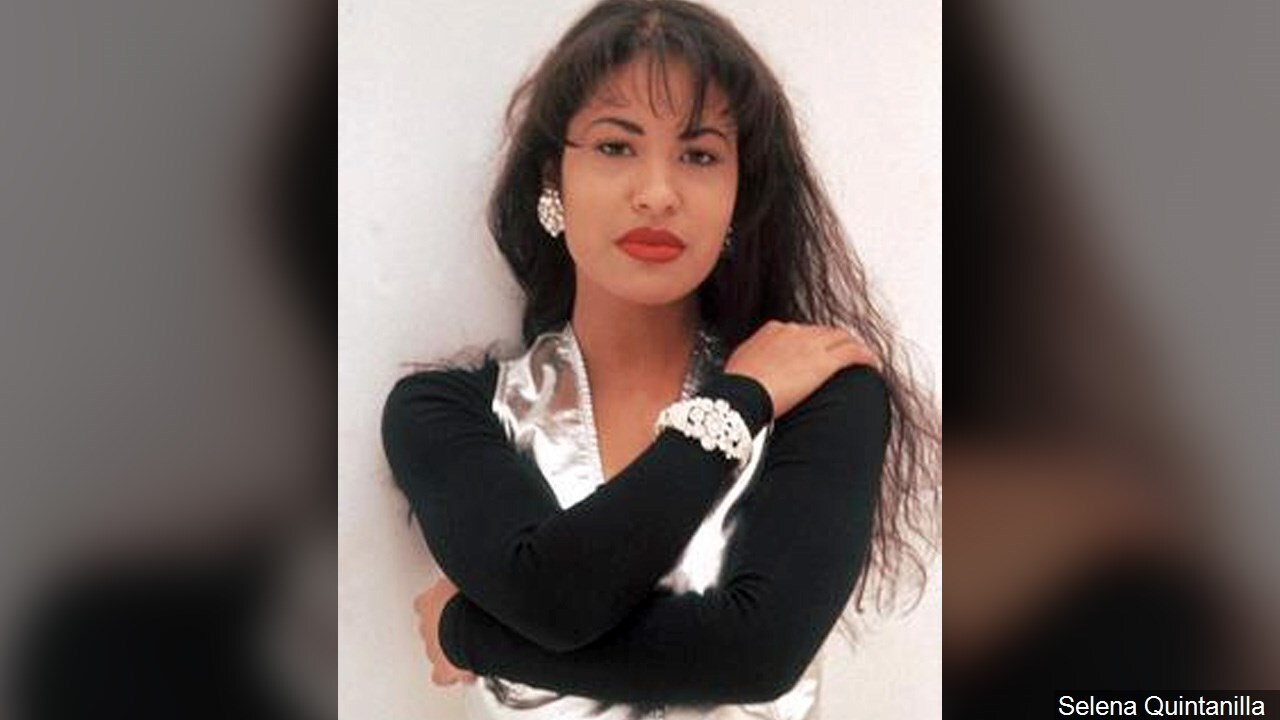 PHOTO: Selena Quintanilla