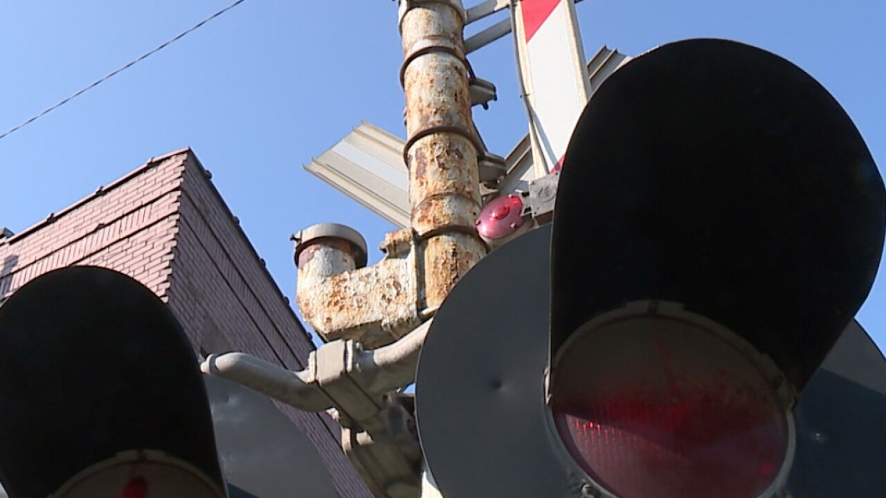 Experts: Ohio needs to reuse crossing equipment to improve safety