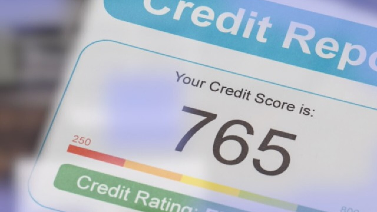 Credit bureaus waive fees to freeze credit history this Friday