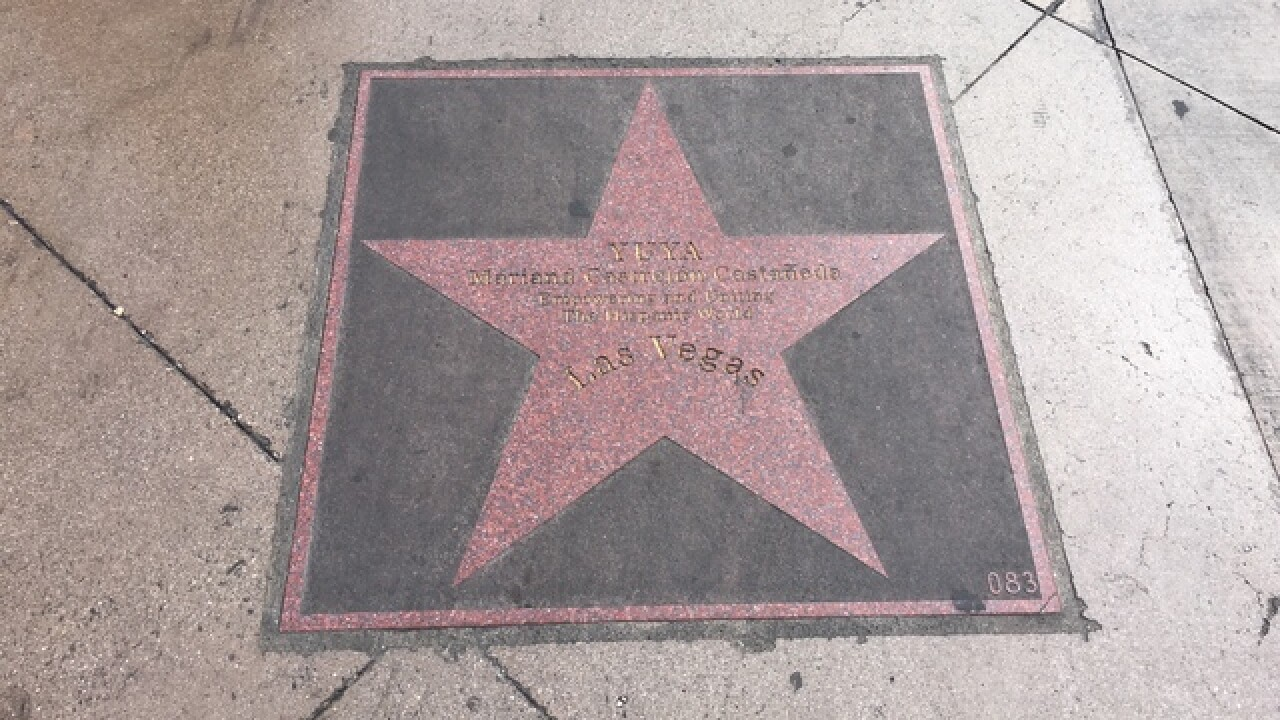Strip star tributes replaced after disappearance