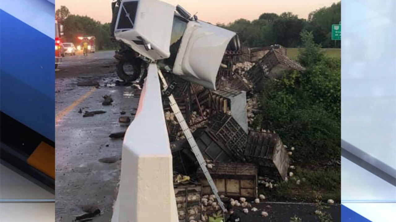 Semi truck carrying chickens crashes Friday morning on US-30