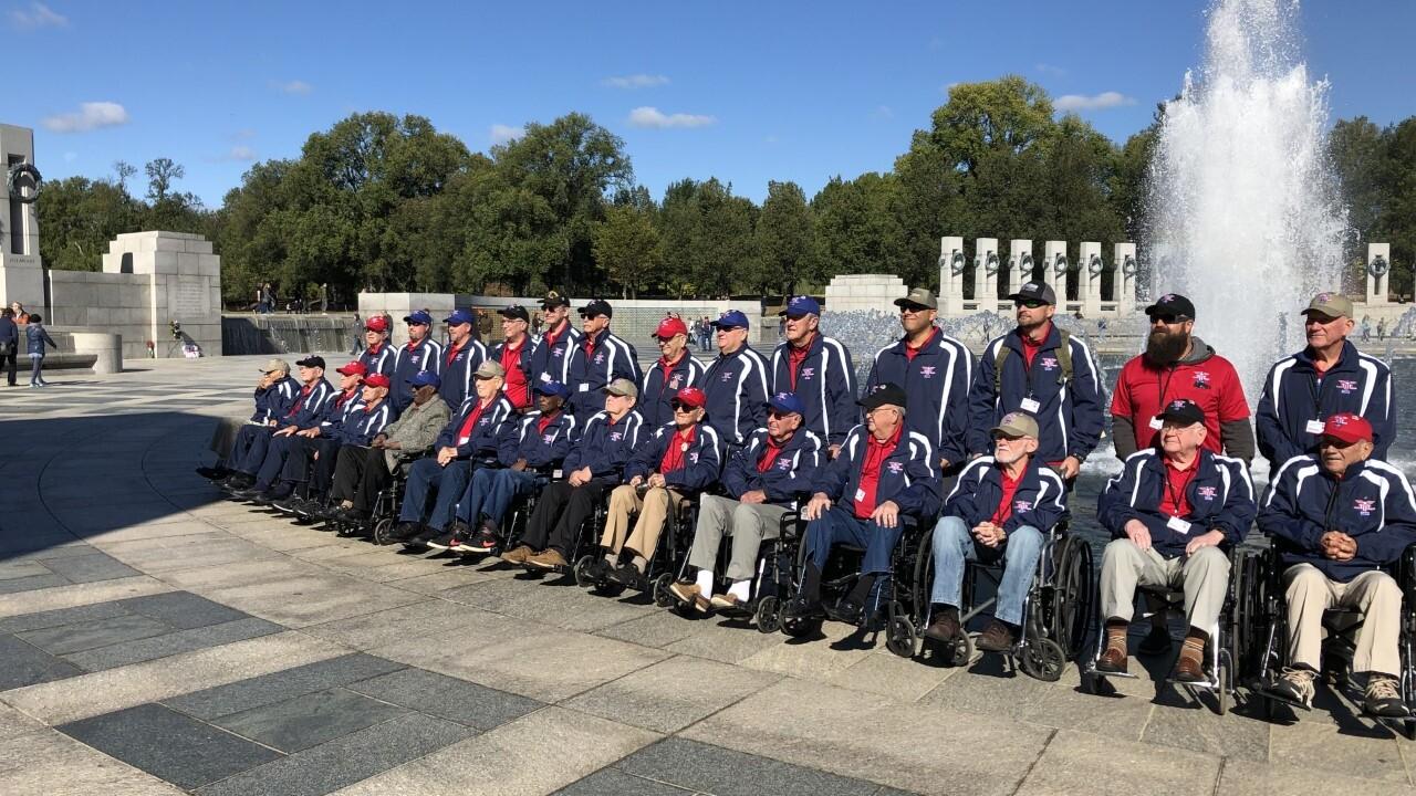 Heroes Flight veterans at WWII Memorial