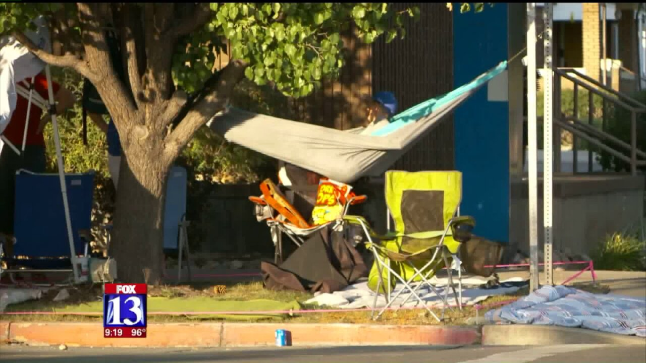Thousands camp out for Provo's 4th of Julyparade