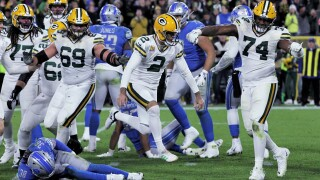 Lions blow late lead in 23-22 loss to Packers