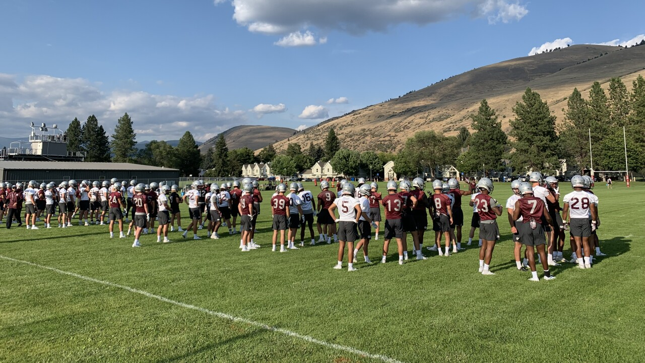 Montana Grizzly fall football camp