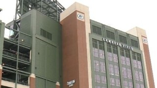 Lambeau Field and Titletown businesses are going cashless